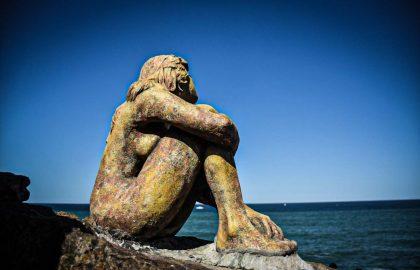 """Habló el autor de la """"misteriosa"""" escultura de Mar del Plata: las razones y su historia"""